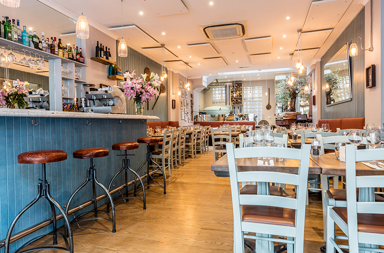 Traditional Italian restaurant in heart of Kensington near Olympia London