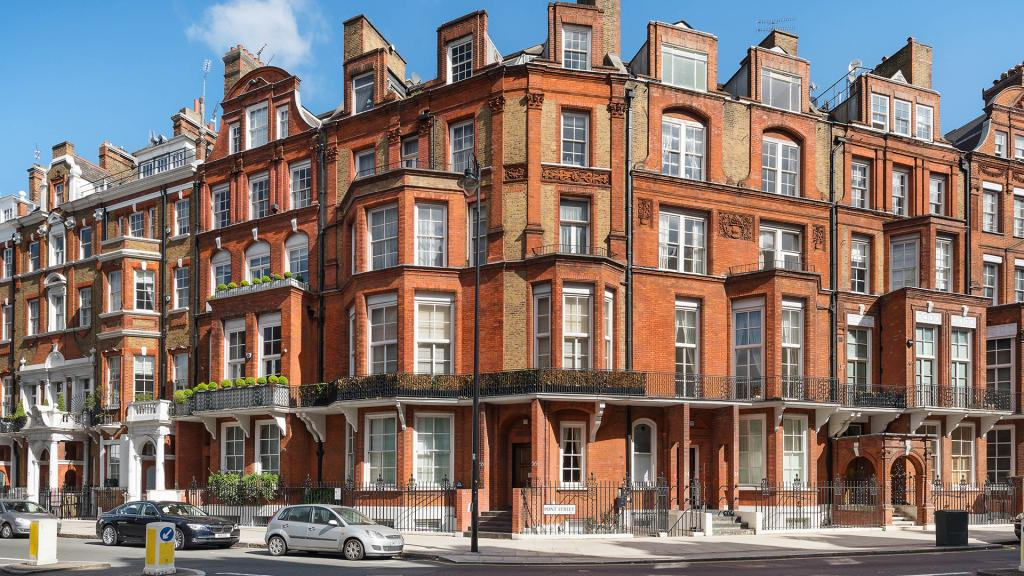 Just down the road from Olympia London, Knightsbridge offers a wealth of shopping and luxury hotels, bars and restaurants
