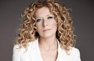 Kelly Hoppen MBE graces the stage at Confex