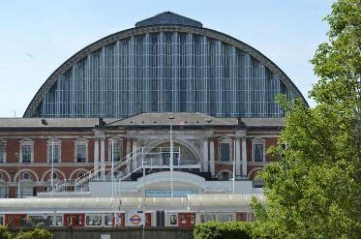 Olympia London supports sustainable transport